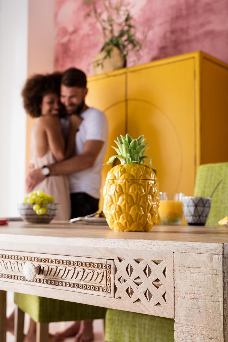 KARE-ananas-leto